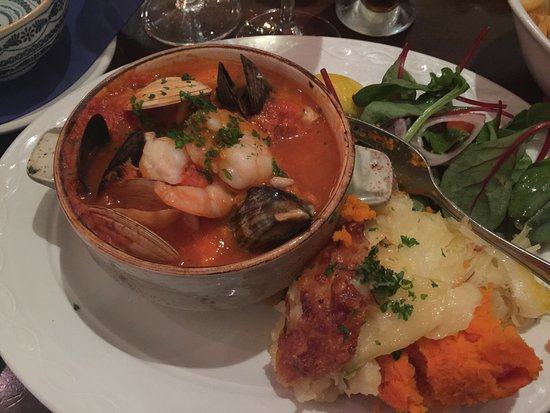 Murphy Blacks Restaurant: Most beautiful fish stew!