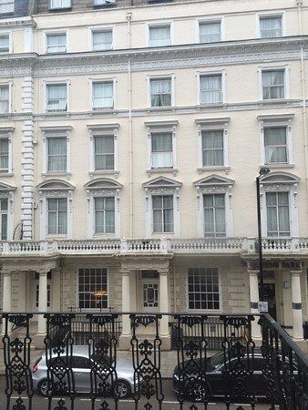 Astor queensway hostel london england omd men och for 43 queensborough terrace london w2 3sy
