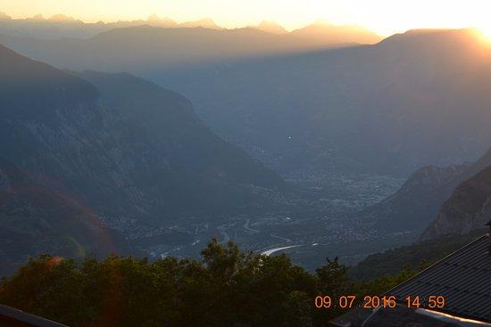 Saint Michel de Maurienne, França: View from porch