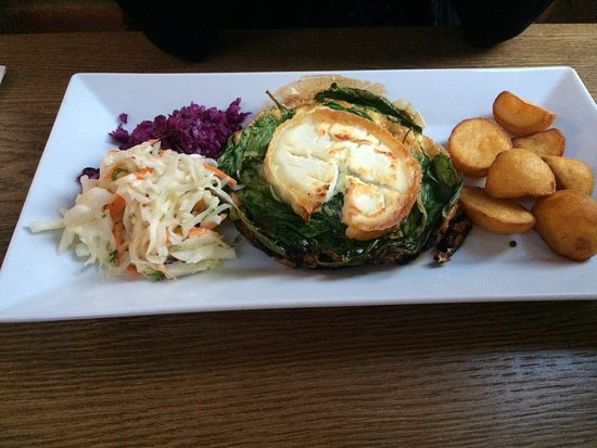 Newport Pagnell, UK: Frittata , starter, beef roulade