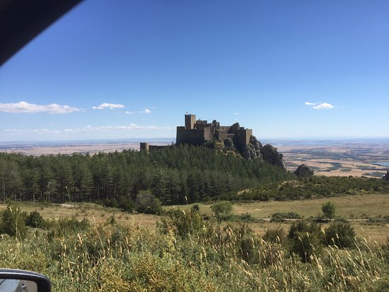 Aragón, España: Castillo de Loarre from a short distance away driving up the hill.