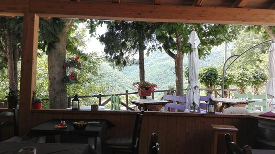 Vernio, Italy: Sasso Alle Fate