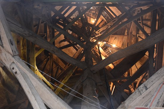 Salisbury Cathedral: View up the inside of the spiral