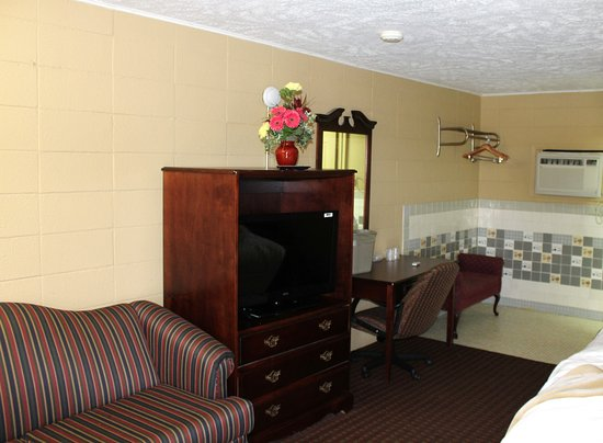 Best Budget Inn Springfield: Interior view of the Best Budget Inn of Springfield, Missouri