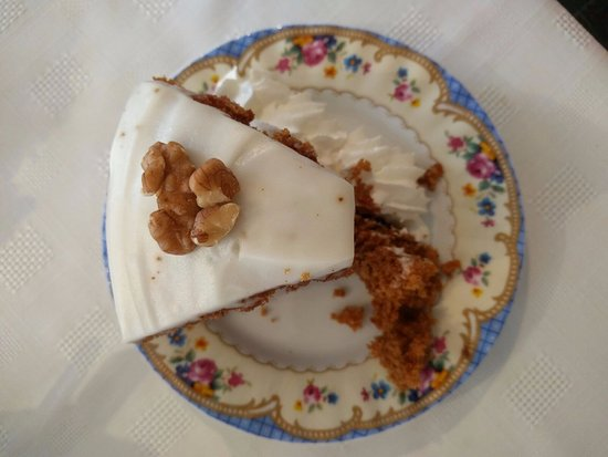 Falkland, UK: Carrot Cake