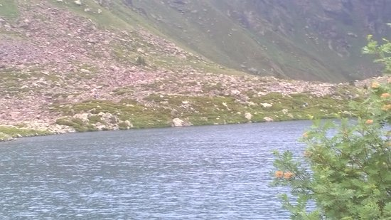 El Serrat, Andorra: el lago del medio