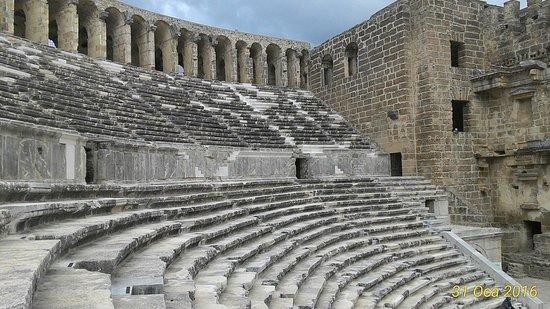Aspendos Ruins and Theater: Aspendos Antik Kenti Tiyatrosu
