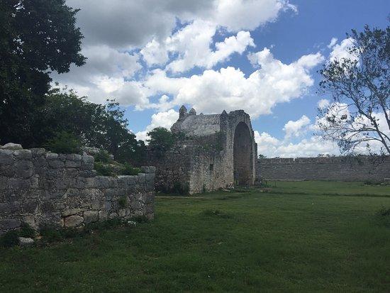 Dzibilchaltun Ruins: photo0.jpg