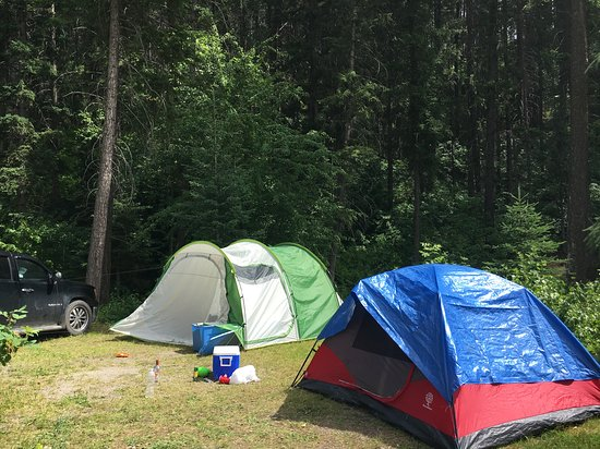 Golden Municipal Campground: Our little setup