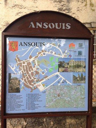 Ansouis, فرنسا: Santons Daniel Galli