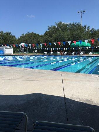 Bob Makinson Aquatic Center : Fosa de clavados