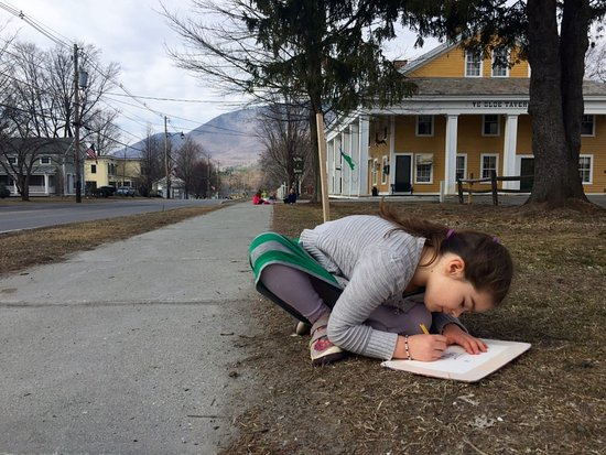 Manchester, VT: Downtown School student sketching history.