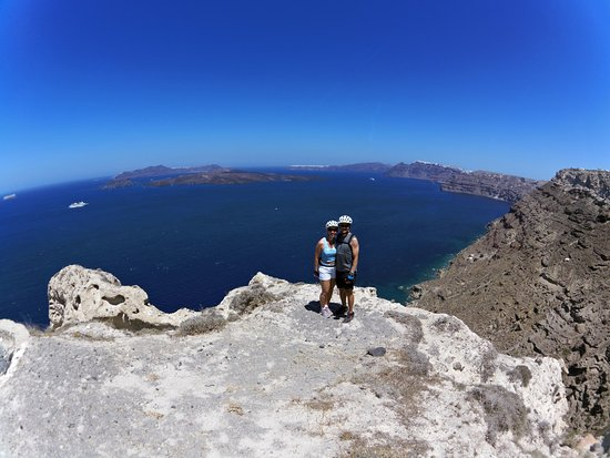 Karterádhos, Grecia: On top of the world in Santorini, Greece!