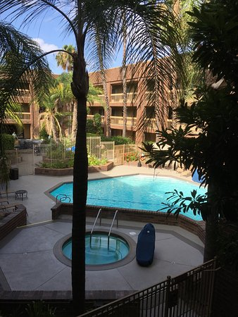 Orange, CA: lovely outdoor pool and whirlpool amist courtyard