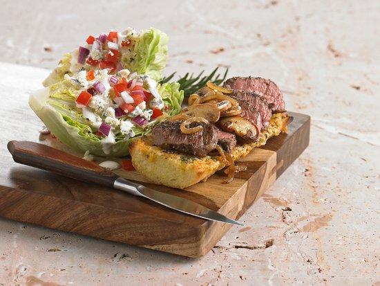 Stevenson Ranch, Kaliforniya: Steak and Wedge Salad
