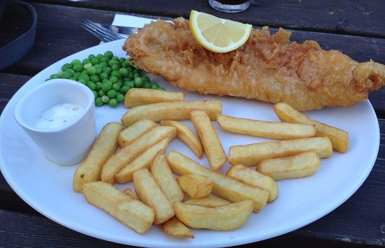 Marquis Of Granby: Battered fish and chips with peas & tartare sauce