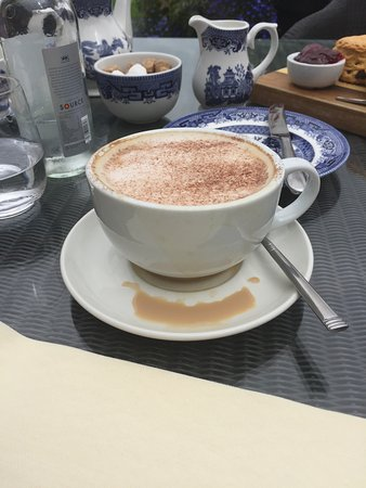 Slebech Park: How my coffee arrived and with no apology