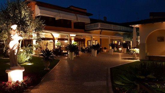 Ingresso ristorante picture of restaurant villa giardino - Ingresso giardino ...