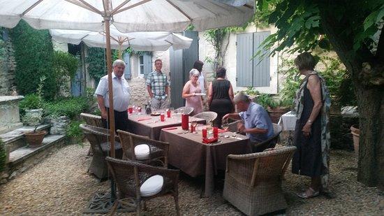 Garden party at Le Mas des Roses