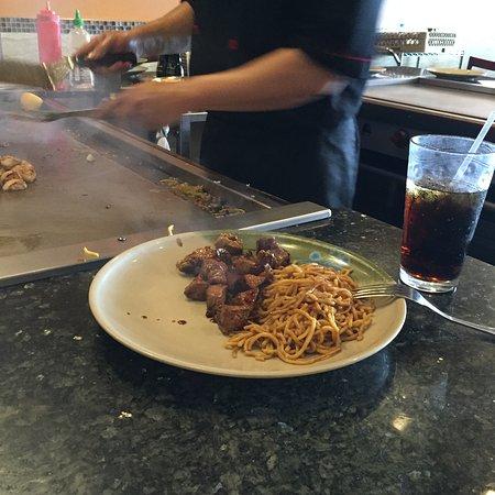 Poughkeepsie, NY: steak n noodles pre veggies
