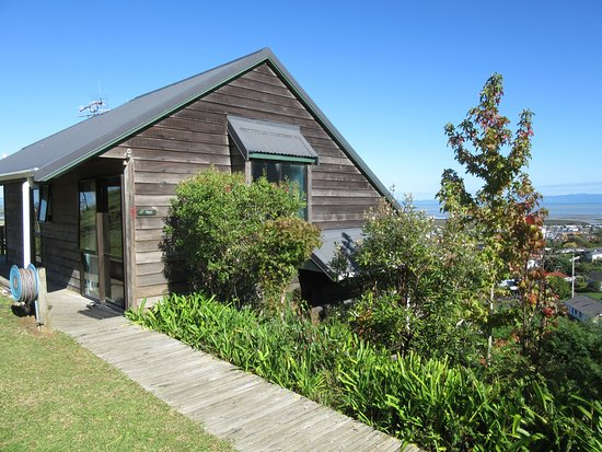 Grafton Cottage and Chalets: Kauri Chalet 5