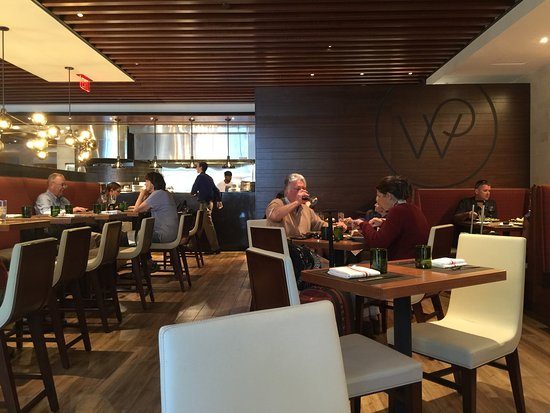 The italian kitchen by wolfgang puck dallas restaurant for Italian kitchen hanham phone number