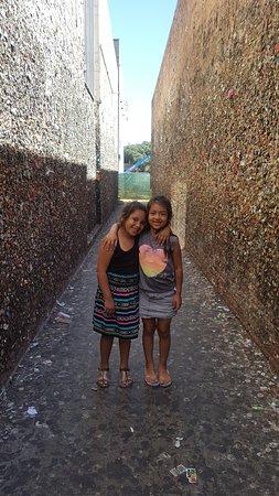 Bubblegum Alley: cousins