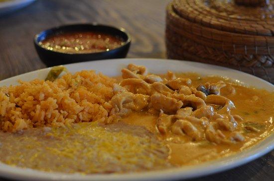 Willcox, AZ: Pollo a la Cazuela in a very special mushroom sauce