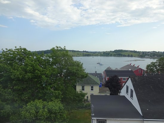 Lunenburg, Kanada: From the window towards the dock