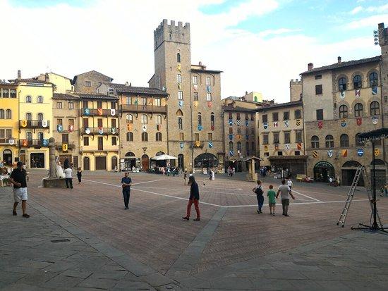 Arezzo, Italien: P_20160723_192142_large.jpg