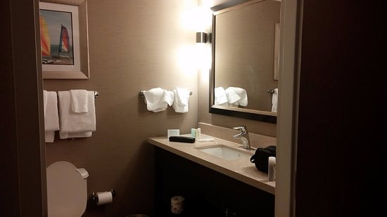 Comfort Suites Miami Airport North Picture
