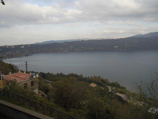 Castelli Romani : The Alban Lake