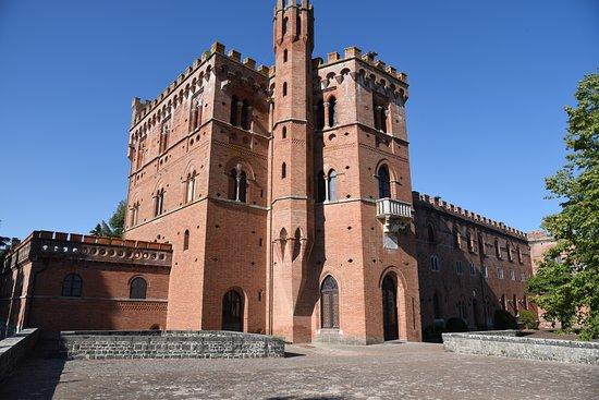Gaiole in Chianti, Italien: Castle