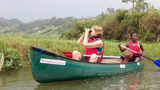 Kingfisher Journeys - Canoeing near the Gorillas
