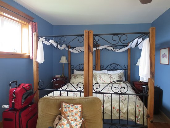 Beach House Inn: Bay Room