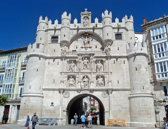 Viste e particolari - Picture of Arcos de Santa Maria, Burgos - TripAdvisor