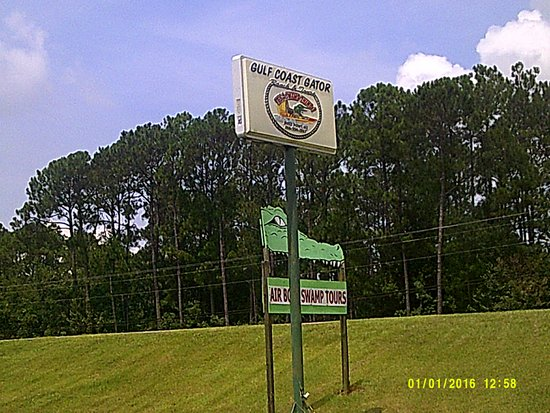 Moss Point, MS: More sign shots