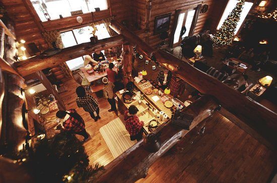 Shell Lake, WI: Christmas at the Cabin