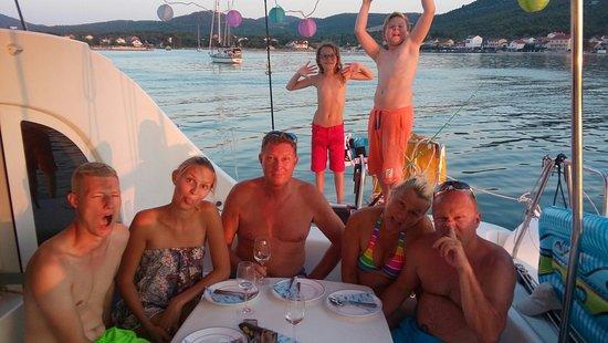 Vrboska, Kroatien: 20160709_201850_large.jpg