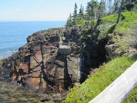 Riverport, Canada: another cave