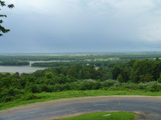 กราฟตัน, อิลลินอยส์: The view from the deck of Grafton Zipline. Beautiful!