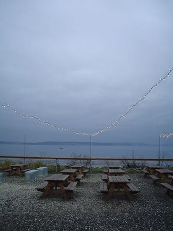 Port Townsend, WA: 2/4/13 Pourhouse Patio View - In winter we love the warm atmosphere indoors.
