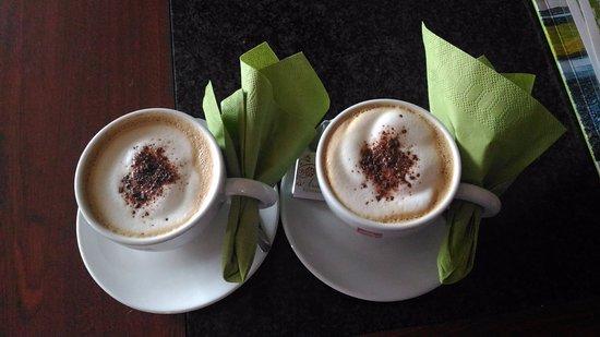 Borgarnes, Island: Ottimi cappuccini