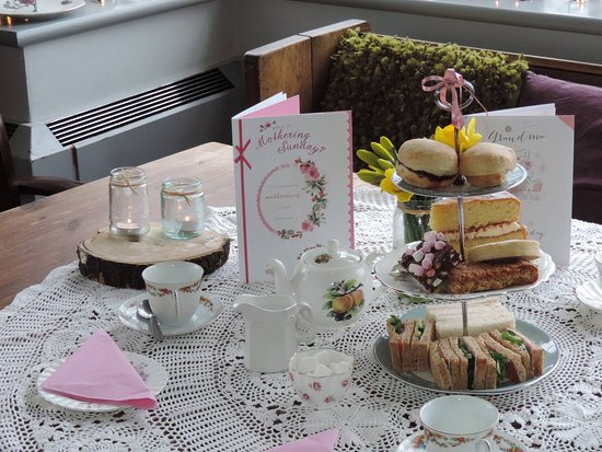 Congleton, UK: MOTHER'S DAY AFTERNOON TEA