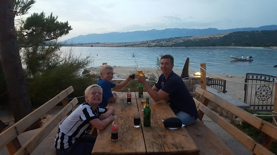 Mandre, Croazia: 20160723_205516_large.jpg