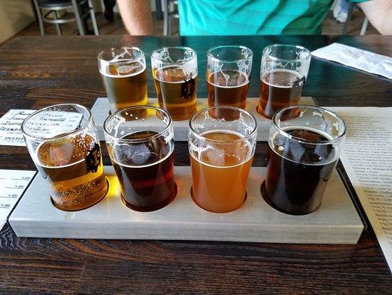 Camarillo, CA: Beer Flights