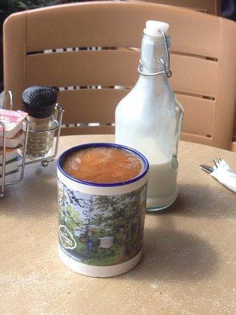 Winter Harbor, ME: That mug! And the creamer jug is precious, too.