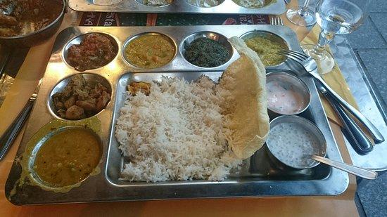 Restaurant krishna bhavan dans paris avec cuisine indienne for Krishna bhavan paris