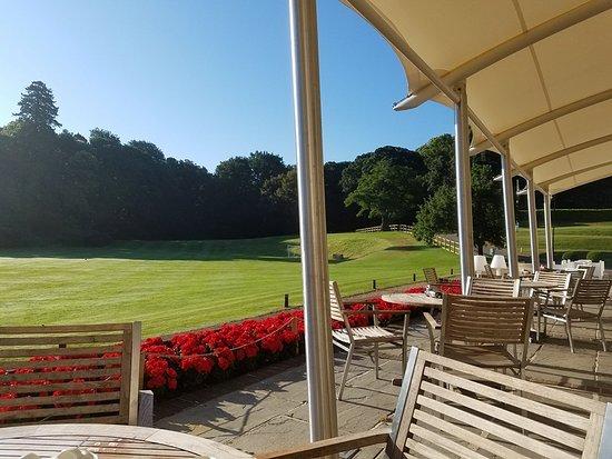 Kesgrave, UK: Breakfast patio