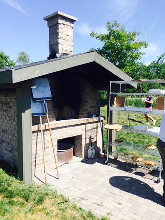 Markham, Canada: outdoor oven where they bake beautiful pies